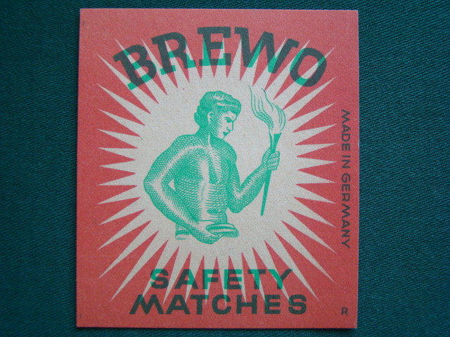 Brewo - Safety Matches - Německo  ( 8 cm. x 7 cm.)